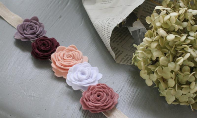Make-of-flower-by-felt-1000x600